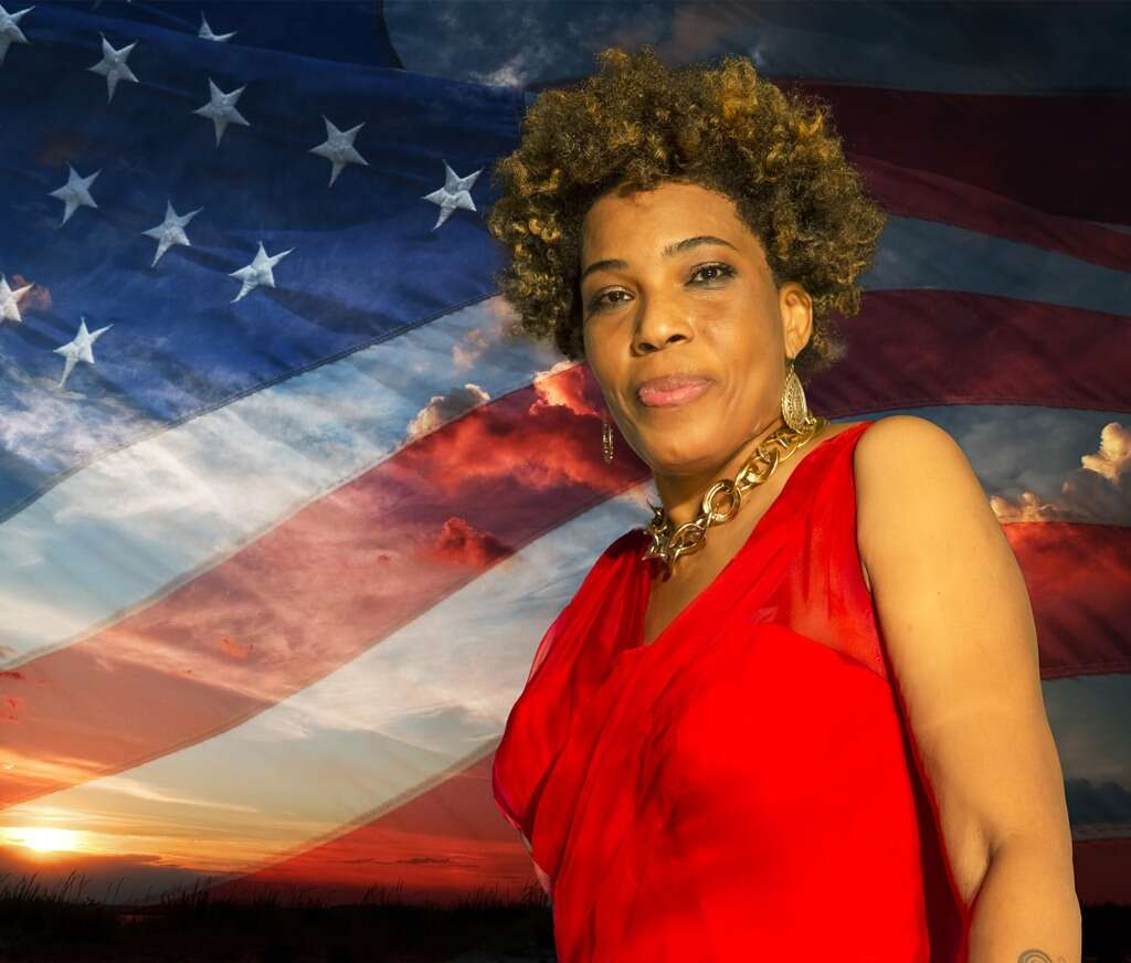 Macy Gray Says It's Time For The U.S. Flag To Be Redesigned In Juneteenth Essay – Here's Why!