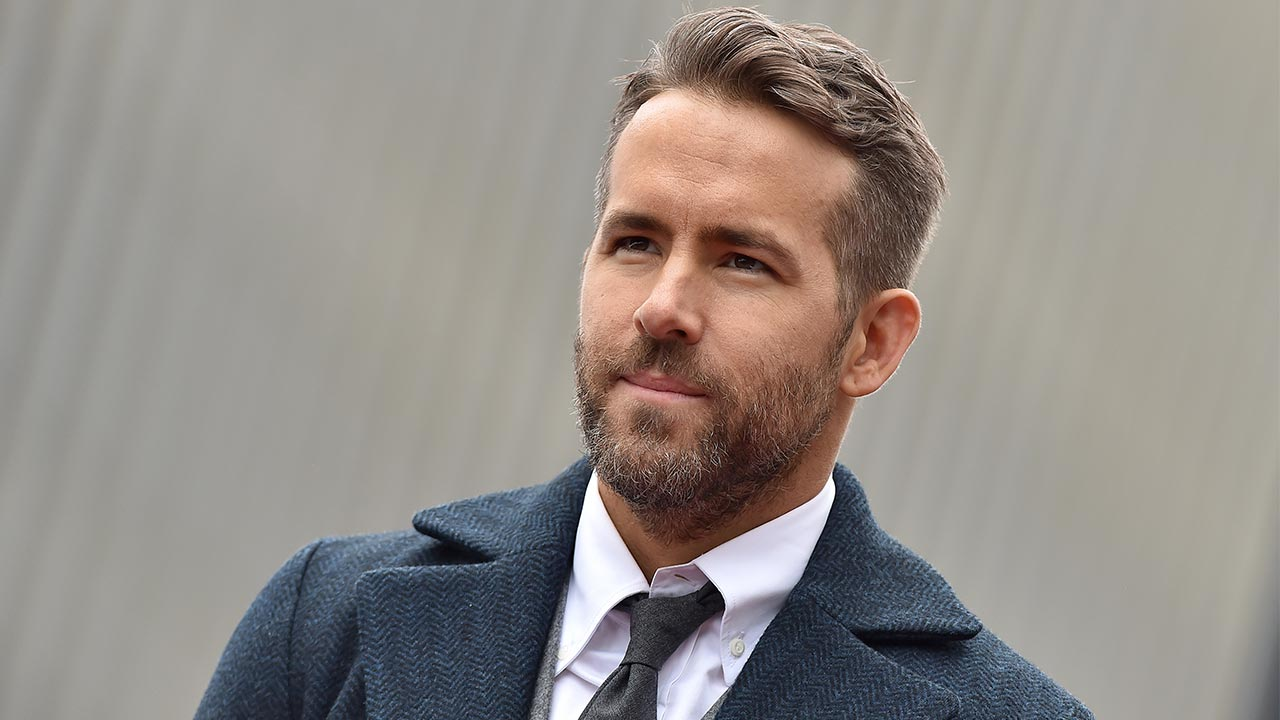 ryan-reynolds-wishes-to-de-stigmatize-mental-health-for-the-sake-of-his-and-blake-livelys-daughters