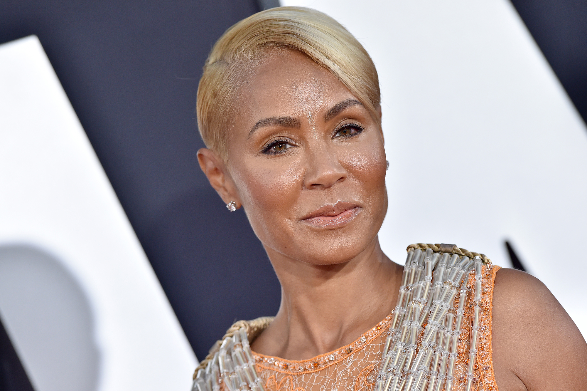 """""""jada-pinkett-smith-shaves-her-head-and-says-daughter-willow-made-her-check-out-the-new-look"""""""