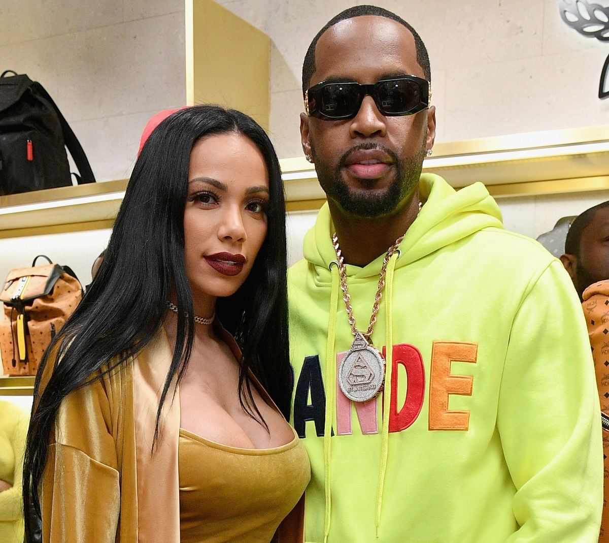 erica-mena-breaks-the-internet-with-this-new-photo-check-out-her-generous-curves