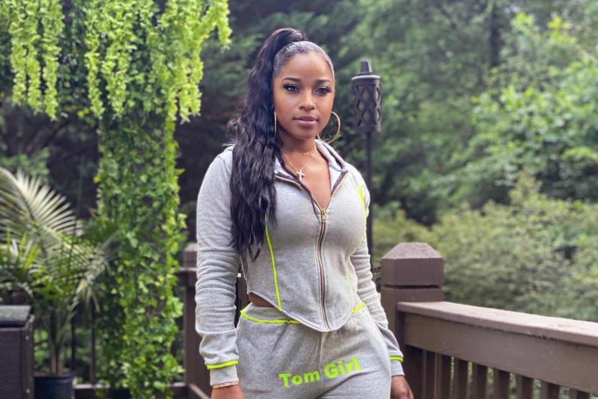 toya-johnson-shares-a-video-featuring-robert-rushing-promoting-weight-no-more