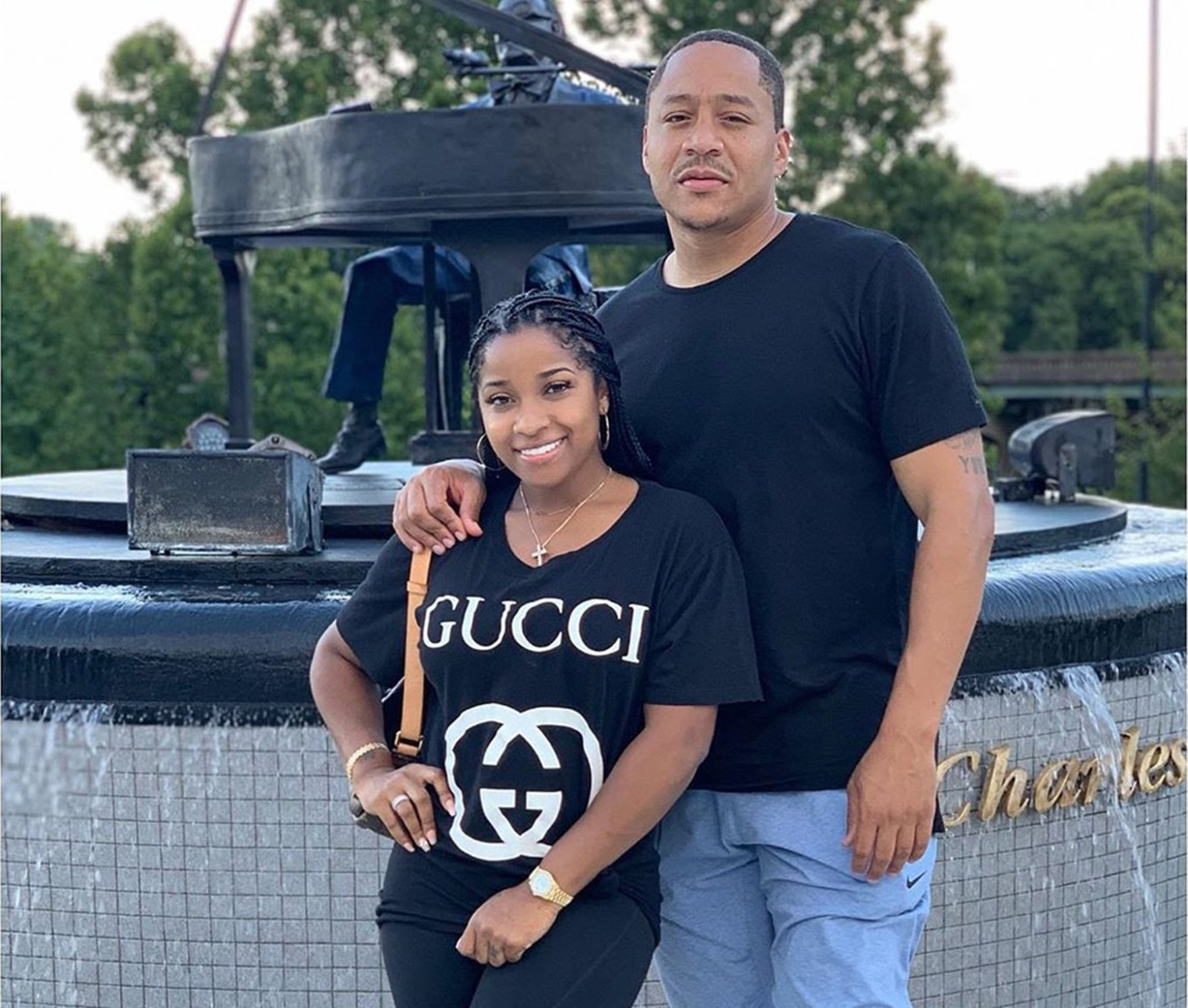 toya-johnson-shares-the-most-romantic-clip-featuring-robert-rushing