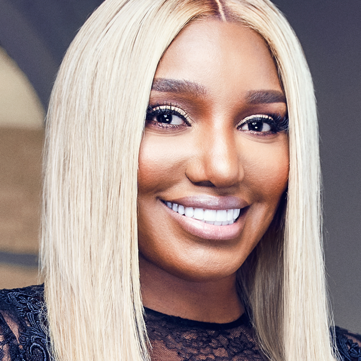 nene-leakes-looks-amazing-in-her-latest-photos-at-the-linnethia-lounge