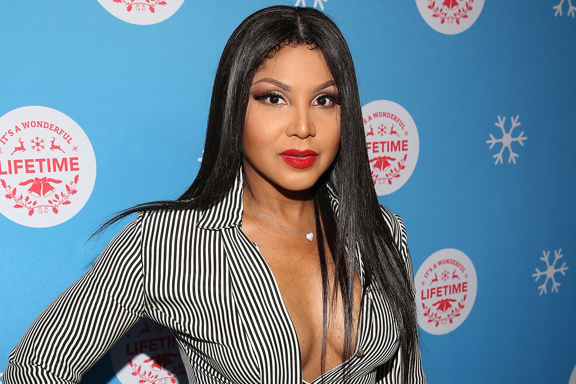 , Toni Braxton Is Having The Time Of Her Life On A Boat Trip – Check Out Her Video,