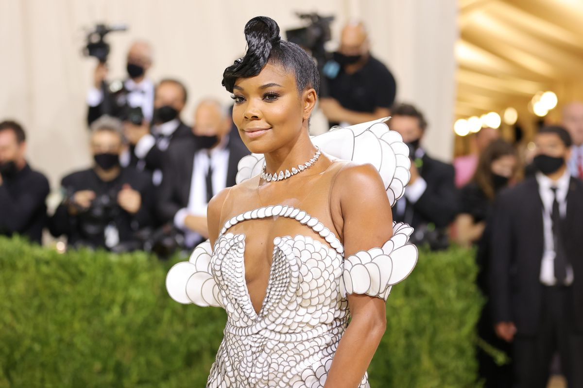 gabrielle-union-makes-fans-happy-with-this-video-featuring-kaavia-james