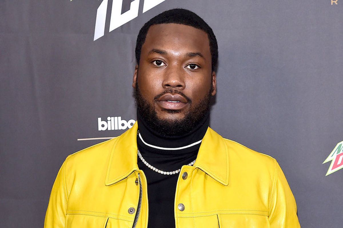 meek-mill-writes-a-message-about-music-labels