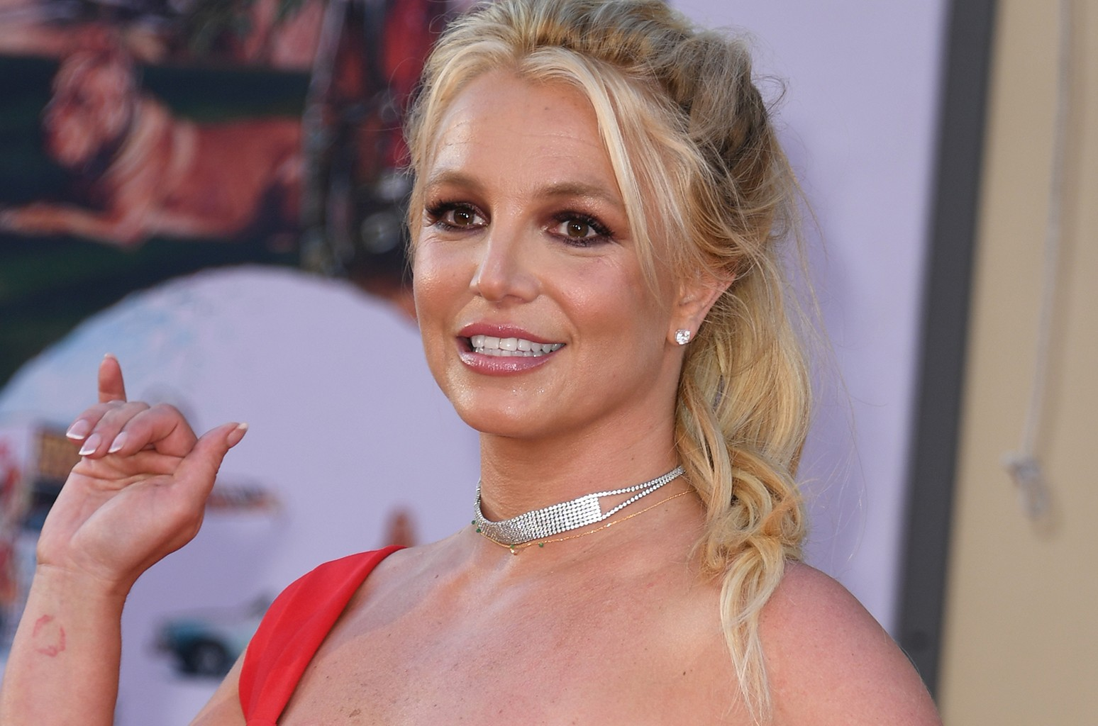 britney-spears-shows-gratitude-to-fans-see-her-message