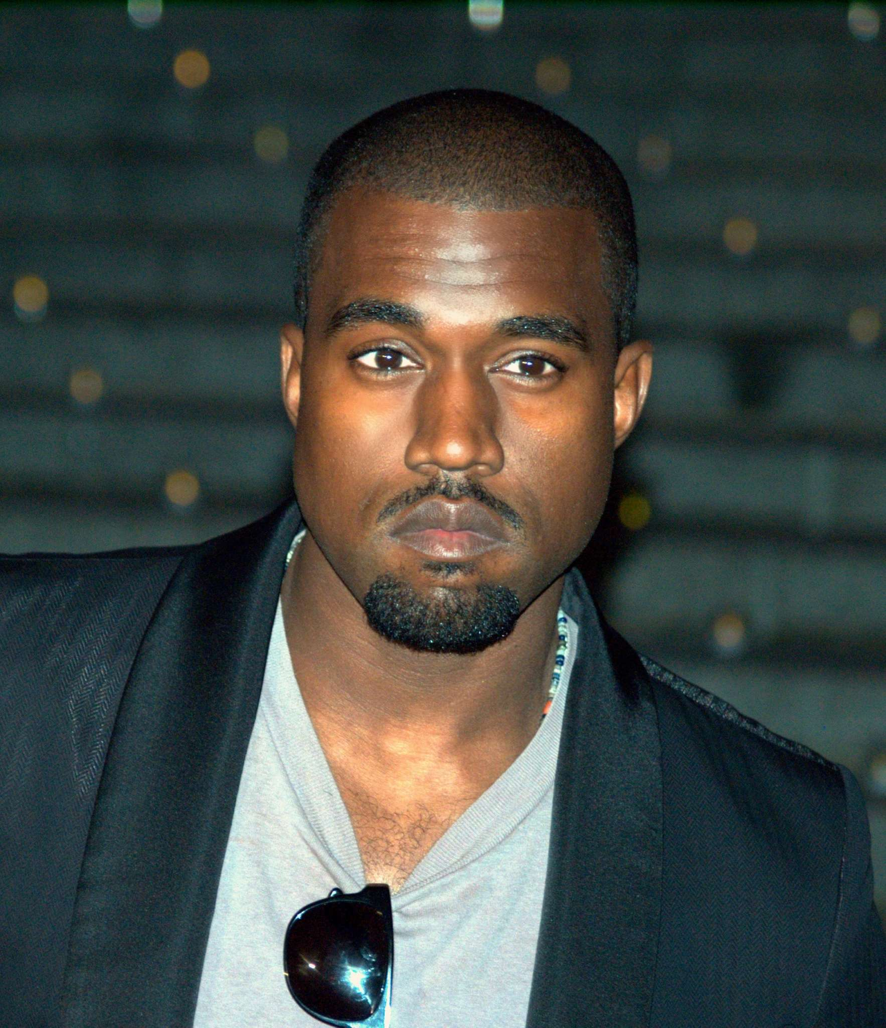 kanye-wests-fans-are-going-crazy-with-excitement-check-out-his-latest-achievement